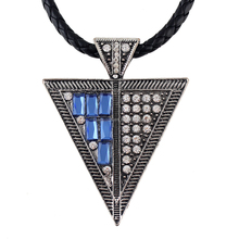 Fashion Vintage Style Pu Leather Triangle Pendant Necklace Jewelery