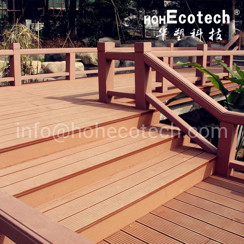 recycled material waterproof wpc decking floor