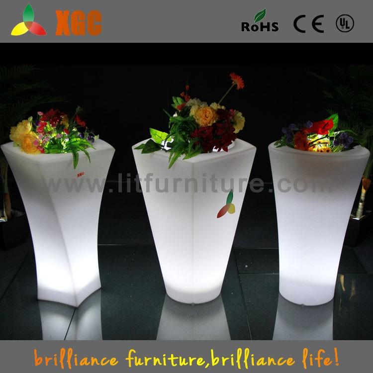Glowing led remoto plástico vaso de flores pot vertical jardim <span class=keywords><strong>vasos</strong></span> de <span class=keywords><strong>plantas</strong></span>
