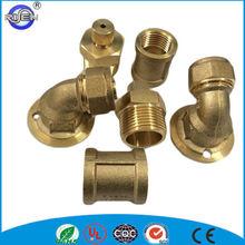 falsificado válvulas de latón y accesorios para la tubería de conexión