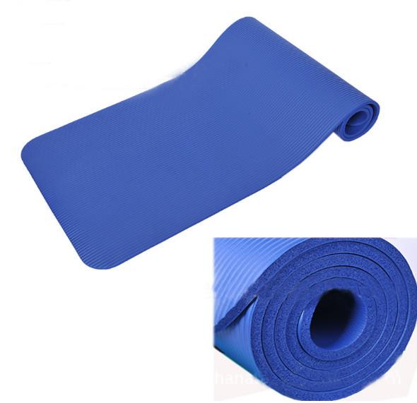 black yoga mat.jpg