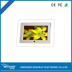 12 years supplier 7 inch motion sensor digital photo frame Desktop or wall mounted type OEM factory hot player