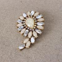 Fashion jewelry women marquis shape acrylic brooch