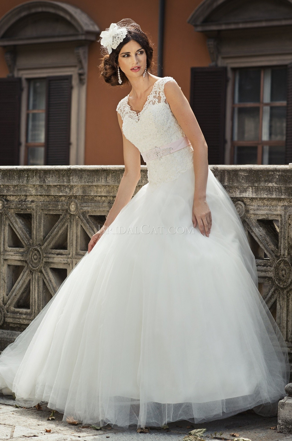Vestido de novia de encaje victoriana