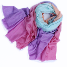 Inner Mongolia manufacturers selling new cashmere silk color gradient large size Korean female shawl scarves wholesale