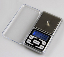 work great for any of your mailing, jewelry, reloading, and cooking needs 0.01g digital pocket scale
