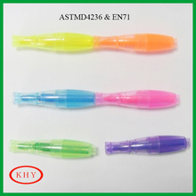 Kids drawing bowling shape highlighter pen