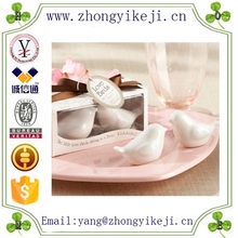 2015 chinese factory custom made handmade carved hot new products resin love birds
