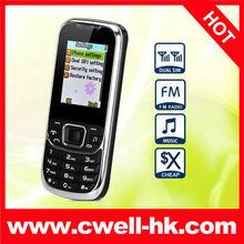 D900 Cheap Dual SIM Quad-Band GSM Cell Phone