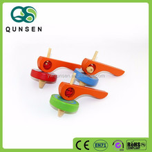 new arrival 2015 hot sales wooden kids spinning top