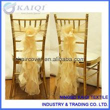 nuevo diseño de venta al por mayor de fantasía volantes de gasa silla de la boda de la hoja de arcos