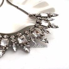 KZ-039 Yiwu Caddy Europe and the United States exaggerated high-grade crystal pendant necklace, diamond short clavicle chain