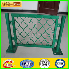 import China products pvc coated wire mesh fence designs