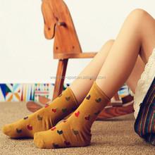 China cheap products bulk wholesale socks girl socks
