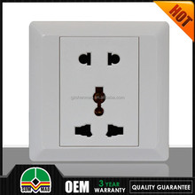 2015 Multi plug socket portable battery powered outlet