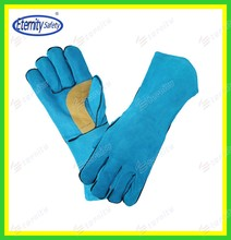 """Full sock lined 14""""cow leather welding gloves contact for our sample to check glove quality now"""
