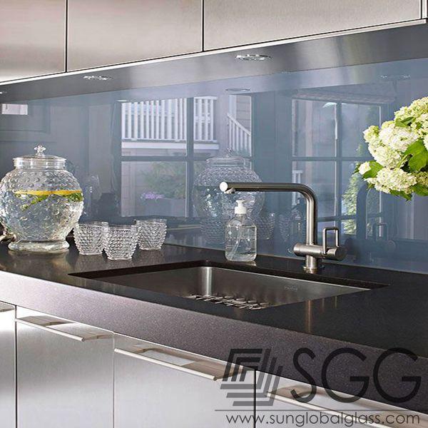 Hoge kwaliteit 6mm keuken spiegel gebruikt voor keuken achterwand ...