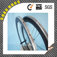 factory price 700c 60mm clincher road bicycle wheels with Black R13 Hubs SMN Cassette body 10/11V carbon alloy wheels