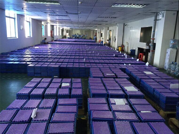 China Top PRIMEIRA INR <BR/> 18650 2.2 2.4 <br/> 2.5 2.6Ah 3.7 V Li-ion 18650 bateria para a bicicleta elétrica