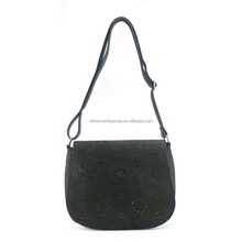 Latest vintage design fashion lady messenger bag in felt with fancy laser cut holes