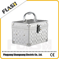 High Quality Fashion Silver Aluminum Cosmetice Case