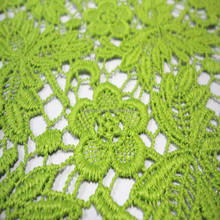2015Fashion design chemical lace embroidery lace fabric for beautiful woman's dress or garment