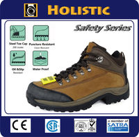 ASTM approved Crazy Horse Genuine Leather Waterproof Safety Boot