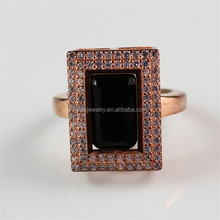 China Manfacturer Wholesale Brass Jewelry 18K Rose Gold Zircon Paved Black Stone Ring for Men