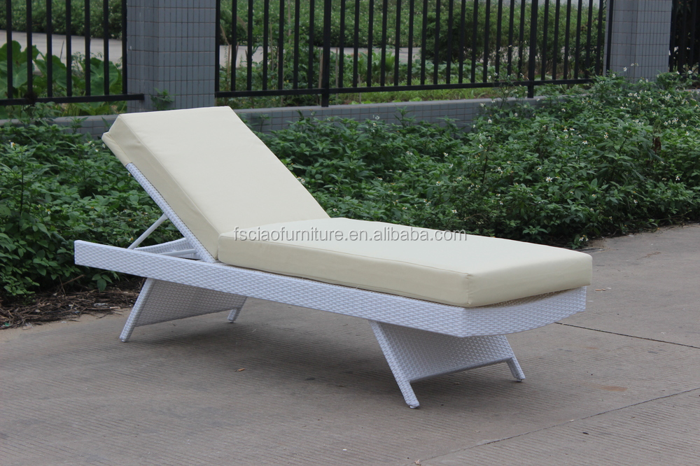 New design comfort outdoor rattan chaise lounge chair buy chaise lounge lou - Chaise design confortable ...
