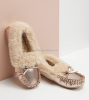 Fashion women footwear with bow metallic PU leather mocassin shoes soft warm plush lining slipper for winter indoor