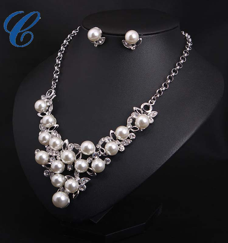 White Pearl Bridal Jewelry Sets Wholesale .jpg