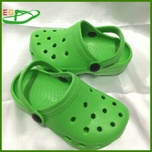 2015 EGA0417-09 Green 11 holes eva clogs Eva Size(24~29#)Color Breathable Kids Shoes ,Mule&Clogs