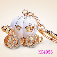 Innovation creative craft gift luxurious pumpkin coach keychain