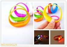 Low Price Best Quality Fashion Designed Sound Control Glow Bracelet