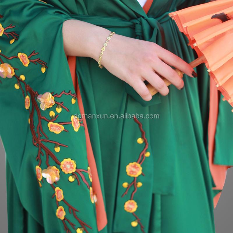 beautiful  green kimono abaya hand embroidery abaya  with fashion sleeves (3).jpg