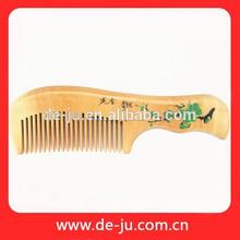peine peine de madera de encargo de todo el tamaño de madera de colores al por mayor peine del pelo peine de corte