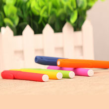 Factory price solid color promotional plastic logo pen cap gel ink plastic pens