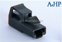 AMP/TYCO 172128-1 female 1 pin connector for car