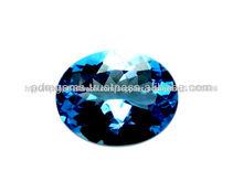 Topacio azul de la piedra preciosa