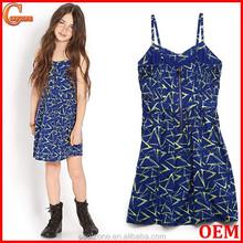 Cute adjustable shoulder straps all over print child dress clothing