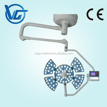 Surgical led operating light with touch screen panels