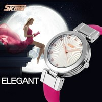 Fashion vogue ladies watch custom logo watches wholesale