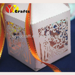 free logo new design customizable resonable price bride and groom wedding favor box