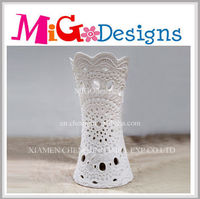 hand crafted and scented home decoration ceramic candle holder