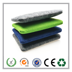 China high quality fashion and portable felt cosmetic bag