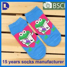Hot selling custom lovely frog design 3d cartoon girl tube sock