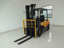 Japonês importação motor diesel elevador de tesoura e diesel mini caminhão