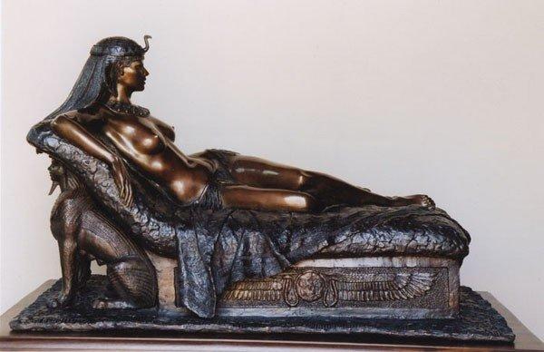 Клеопатра скульптура