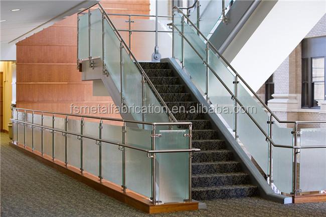Gebogenen edelstahl geländer treppenhaus design mit metall ...