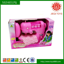 Plástico máquina de costura elétrica brinquedo com luz e música para crianças